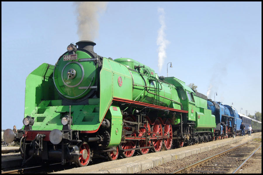 Czech Republic: Locomotives 486.007 Green Anton and 498.002 Albatross.